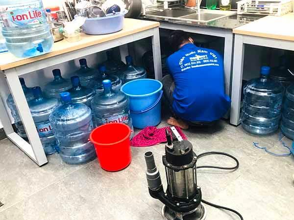 Thông nghẹt bồn rửa chén tại quận Tân Bình